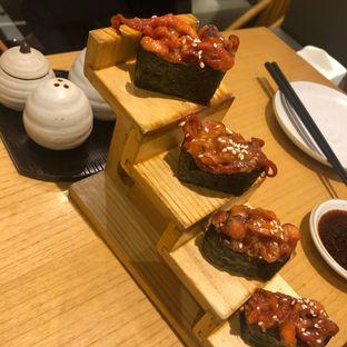 Foto 1 - Makanan di Sushi Hiro oleh @Perutmelars Andri