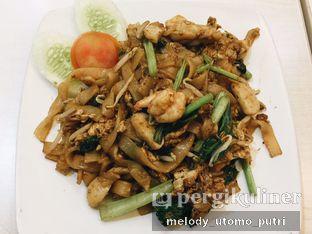 Foto 4 - Makanan(kwetiaw goreng seafood) di Ravino oleh Melody Utomo Putri