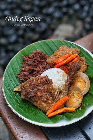 Foto 1 - Makanan di Gudeg Sagan oleh Nanakoot