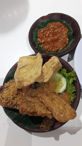 Foto review Penyetan Cok oleh surabayafoodhunter 1