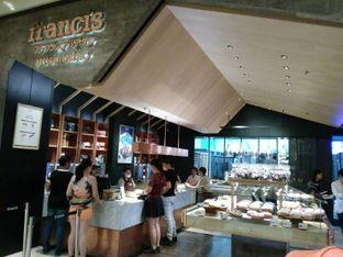 Foto 4 - Eksterior di Francis Artisan Bakery oleh yudistira ishak abrar