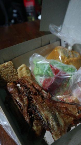 Foto 1 - Makanan di Ayam Goreng Karawaci oleh thehandsofcuisine
