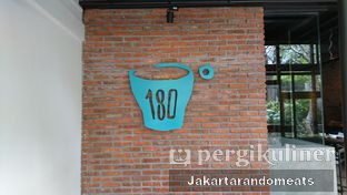 Foto review One Eighty Coffee and Music oleh Jakartarandomeats 1