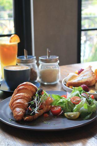 Foto 28 - Makanan di Burns Cafe oleh Prido ZH