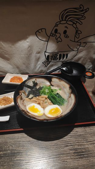 Foto 1 - Makanan(Ramen Golden) di Kokku Ramen oleh Vita Amelia