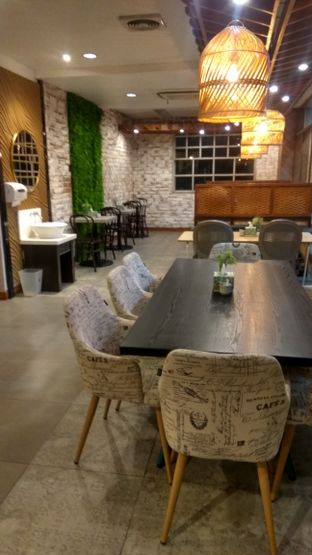 Foto 5 - Interior di Bakoel Bebek oleh Renodaneswara @caesarinodswr