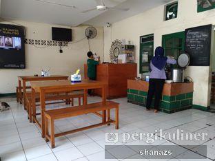 Foto 5 - Interior di Warung Mak Dower oleh Shanaz  Safira