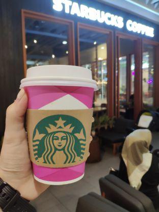 Foto - Makanan di Starbucks Coffee oleh JIO
