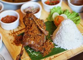 5 Tempat Makan yang Cocok Untuk Buka Puasa Bersama di Jakarta