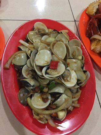 Foto Makanan di Wiro Sableng 212