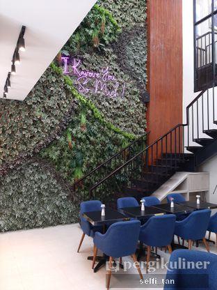 Foto 5 - Interior di Kavove Cafe oleh Selfi Tan