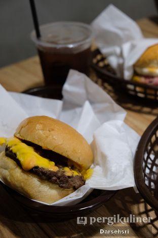 Foto 2 - Makanan di Klenger Burger oleh Darsehsri Handayani