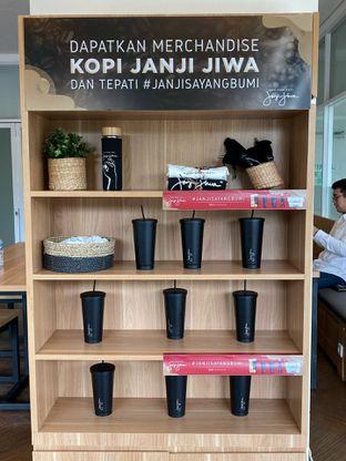 Foto 11 - Interior di Kopi Janji Jiwa oleh Levina JV (IG : levina_eat )