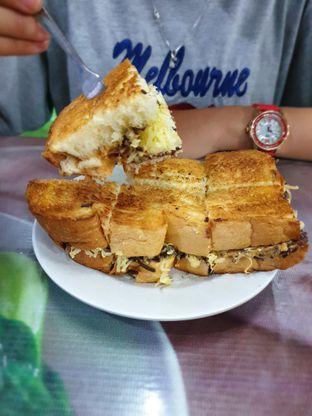 Foto 6 - Makanan(V8) di Roti Bakar Eddy oleh Adhy Musaad