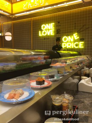 Foto 5 - Interior di Sushi Go! oleh Sifikrih   Manstabhfood