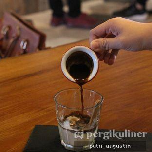 Foto 5 - Makanan(Affogato) di Grob Kaffee oleh Putri Augustin