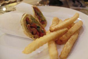 Foto 3 - Makanan(Shawarma Lamb) di Al Jazeerah Signature oleh Novita Purnamasari
