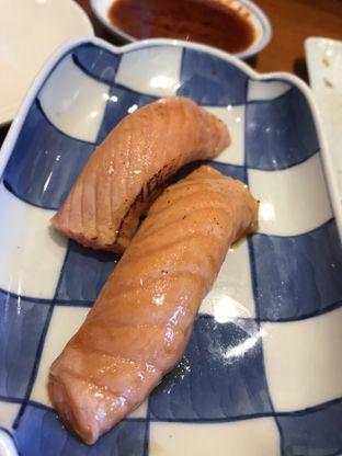 Foto 2 - Makanan(Salmon Aburi Sushi) di Sushi Masa oleh Aireen Puspanagara