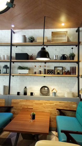 Foto 3 - Interior di Mokka Coffee Cabana oleh YSfoodspottings