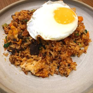 Foto 2 - Makanan(Nasi Goreng Kimchi) di PATRON oleh Jeljel