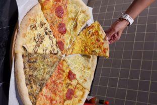 Foto 15 - Makanan di Sliced Pizzeria oleh yudistira ishak abrar