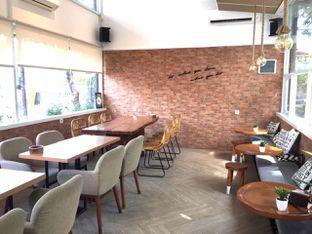 Foto 2 - Interior di Terra Coffee and Patisserie oleh Prido ZH