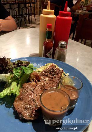 Foto 3 - Makanan di Goedkoop oleh Angie  Katarina
