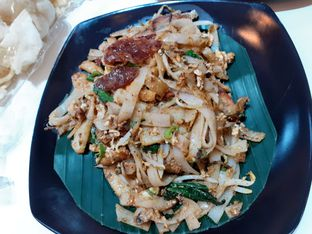 Foto 3 - Makanan di Kwetiau Akang oleh Threesiana Dheriyani
