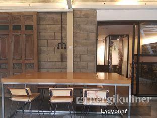 Foto 4 - Interior di Contrast Coffee oleh Ladyonaf @placetogoandeat
