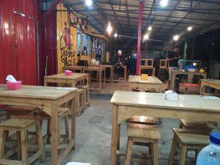 Foto 2 - Interior di Jawara Kerang oleh Lisa Irianti