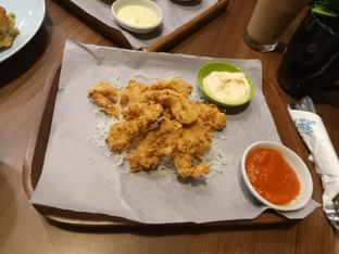 Foto 5 - Makanan(Calamari) di Mokka Coffee Cabana oleh Ratu Aghnia