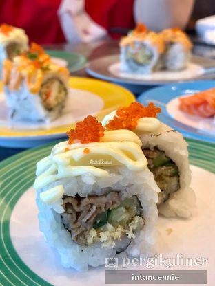 Foto 14 - Makanan di Sushi Go! oleh bataLKurus