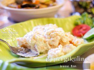 Foto 4 - Makanan(Udang Goreng Mayonnaise) di Istana Nelayan oleh Irene Stefannie @_irenefanderland