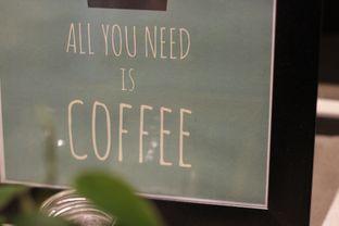 Foto 1 - Interior di Routine Coffee & Eatery oleh Prajna Mudita
