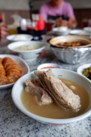 Foto 2 - Makanan(Pork Ribs Soup) di Song Fa Bak Kut Teh oleh Melisa Cubbie