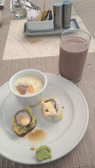 Foto review Palm Cafe and Terrace - Aryaduta Lippo Village Hotel oleh Review Dika & Opik (@go2dika) 8