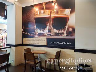 Foto 2 - Interior di The Coffee Bean & Tea Leaf oleh EATIMOLOGY Rafika & Alfin