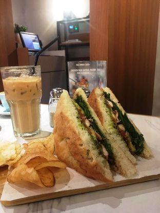 Foto 28 - Makanan di The Goods Cafe oleh Prido ZH