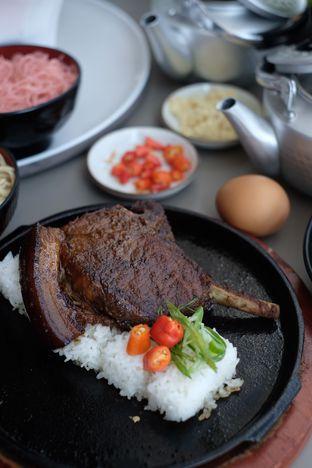Foto 2 - Makanan di Universal Noodle Ichiro Chazuke Ramen Market oleh Nanakoot