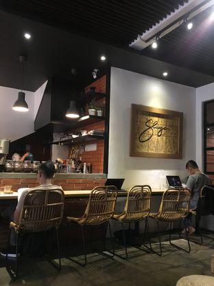 Foto 11 - Interior di The CoffeeCompanion oleh RI 347 | Rihana & Ismail