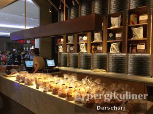 Foto 6 - Interior di Francis Artisan Bakery oleh Darsehsri Handayani