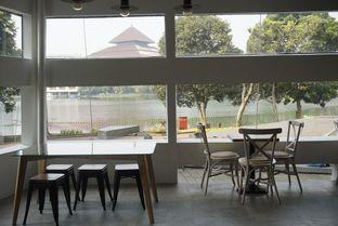 Foto 14 - Interior di Javaroma Bottega del Caffe oleh yudistira ishak abrar