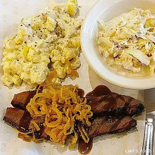 Foto 2 - Makanan di Holy Smokes oleh Lingga S
