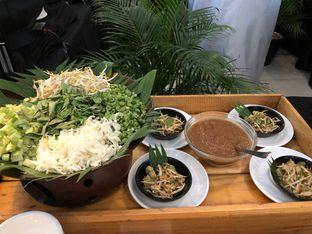 Foto 35 - Makanan di Canting Restaurant - Teraskita Hotel managed by Dafam oleh Mitha Komala