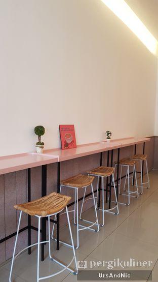 Foto 5 - Interior di Lala Coffee & Donuts oleh UrsAndNic