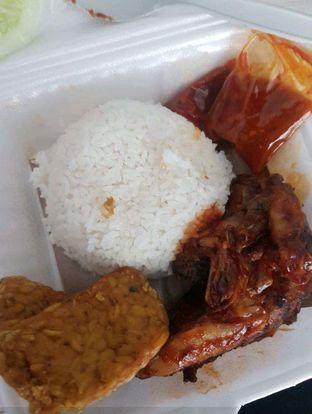 Foto 1 - Makanan di Ayam Bakar Kambal oleh Lid wen
