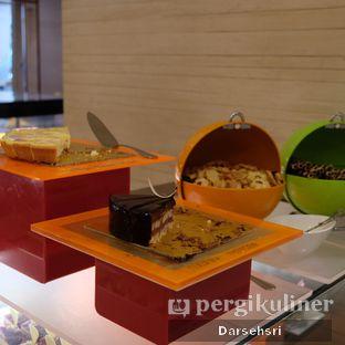 Foto review Satoo Garden Restaurant & Lounge - Hotel Shangri-La oleh Darsehsri Handayani 41