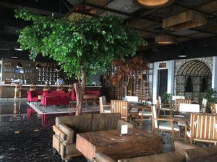 Foto 1 - Interior di Scenic 180° (Restaurant, Bar & Lounge) oleh Duolaparr