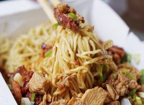 7 Tempat Makan Bakmi di PIK yang Harus Kamu Coba