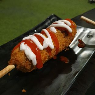 Foto 2 - Makanan di Oppa Corndog oleh Adhy Musaad